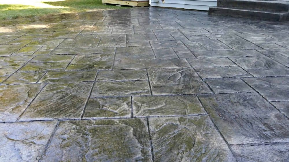 ashlar slate stamped patio zoomed in