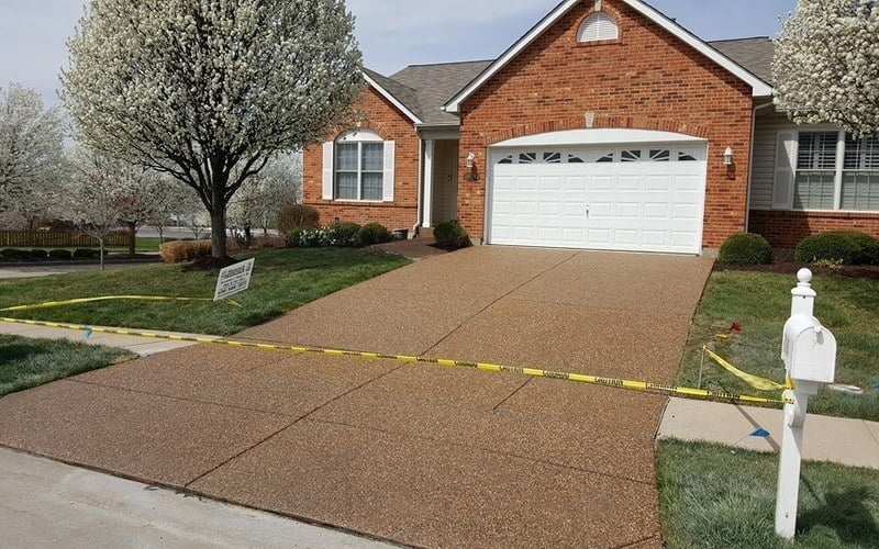 exposed aggregate concrete driveway (10)