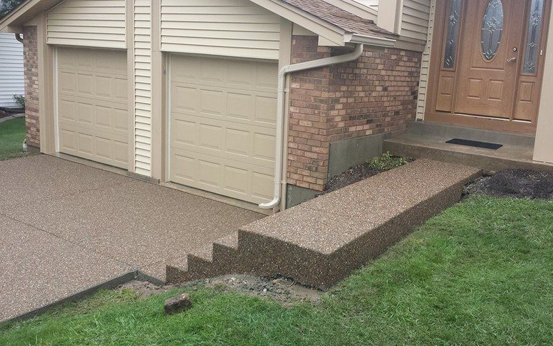 exposed aggregate concrete driveway (16)