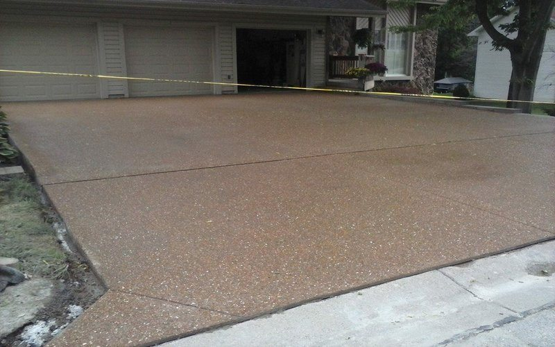 exposed aggregate concrete driveway (27)