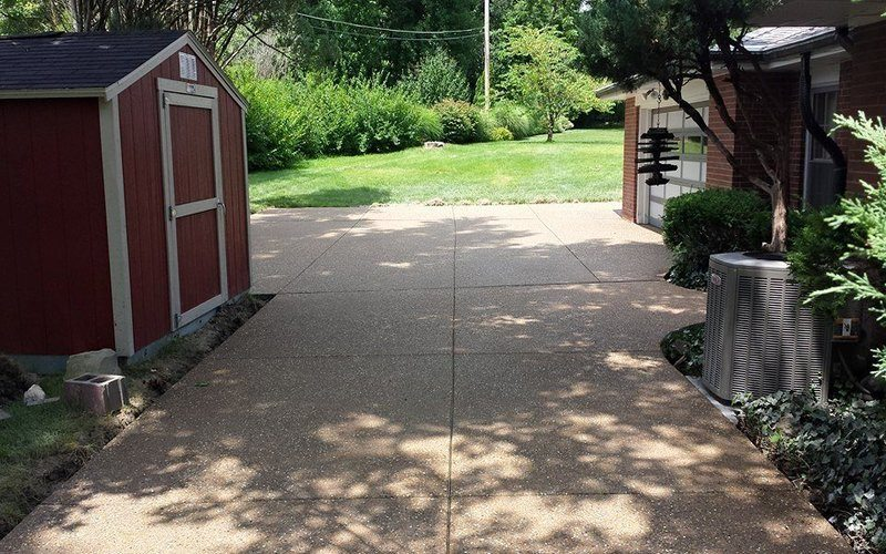 exposed aggregate concrete driveway (7)