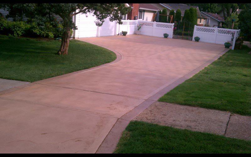 colored-concrete-driveway (10)