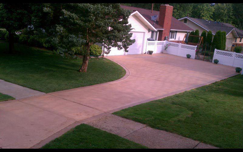 colored-concrete-driveway (17)