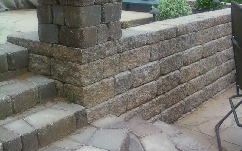 retaining walls (110)