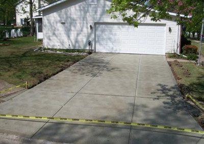 concrete driveway 66-4