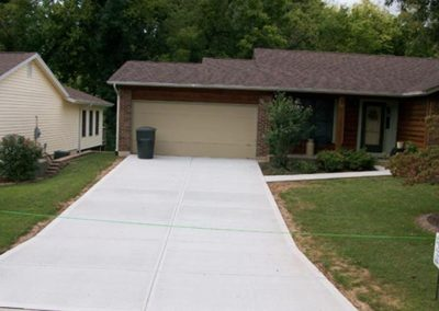 picture of new residential driveway completed