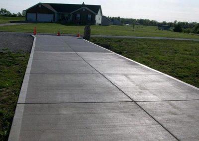 long concrete driveway lake st louis