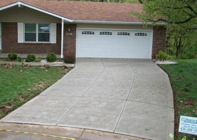 new larger concrete driveway 48-4